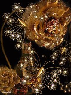 ♥️Beautiful❤️ Gold roses and butterflies Wallpaper Nature Flowers, Rose Flower Wallpaper, Rose Gold Wallpaper, Flowers Gif, Beautiful Flowers Wallpapers, Beautiful Rose Flowers, Flowers For You, Cute Wallpaper Backgrounds, Pretty Wallpapers
