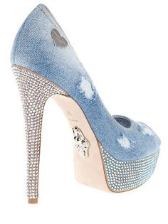 Philipp Plein Crystal embellished shoe Distressed blue denim shoes from Philipp Plein featuring a crystal embellished high heel and platform sole. Denim Shoes, Shoes With Jeans, Denim Pumps, Blue Jeans, Peep Toe Heels, Pumps Heels, Stilettos, Denim And Diamonds, Embellished Shoes