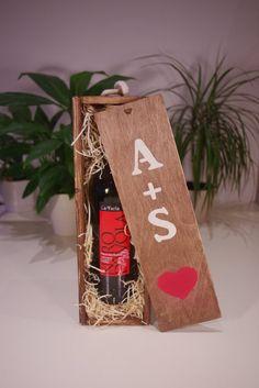 personalised wine box anniversary gift engagement gift wedding