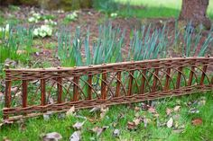 Willow Border Edging (1m) - Set of 2   This tasteful Willow Border Edging is the perfect addition to any lawn, flower bed or pathway. Made form natural woven willow, the edging is supplied with 2 willow posts for ease of installation.      Features:  Eliminates the need