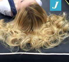 Capelli biondi? Si, ma con il Degradé Joelle! #cdj #degradejoelle #tagliopuntearia #degradé #igers #naturalshades #hair #hairstyle #haircolour #haircut #longhair #ootd #hairfashion