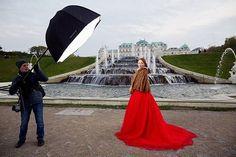 from my WORKSHOP in VIENNA, AUSTRIA. Day 1 • МАСТЕР-КЛАСС ВЕНА, АВСТРИЯ. День 1.Закулисье) photographer: @litanna_photo model: @gin_lies muah: @christinakiselyova assistant:Oleksandr Maistrenko @iso1200magazine @famousbtsmagazine #vienna#wien#austria#workshop#barocco#palace#architecture#photography#österreich#фотограф #фотография #портрет #model #hautecouture #couture #style #strobe #flash #fashion #fashionphotography #vogue #fountain #фотосессия #behindthescenes#bts…