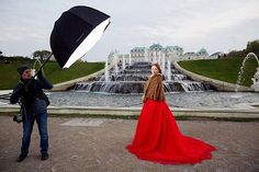 from my WORKSHOP in VIENNA, AUSTRIA. Day 1 • МАСТЕР-КЛАСС ВЕНА, АВСТРИЯ. День 1. Закулисье) photographer: @litanna_photo model: @gin_lies muah: @christinakiselyova assistant: Oleksandr Maistrenko @iso1200magazine @famousbtsmagazine #vienna #wien #austria #workshop#barocco #palace #architecture#photography #österreich#фотограф #фотография #портрет #model #hautecouture #couture #style #strobe #flash #fashion #fashionphotography #vogue #fountain #фотосессия #behindthescenes #bts…
