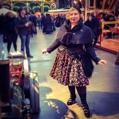 misskittenheel vintage curvy plussize steampunk jahrhunderthalle hellbunny cherry cherries