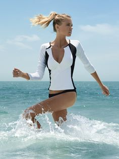 Seek adventure and spend your summer catching waves in style. The Bondi white and black rash guard is perfect for a surfer girl. Order your Sports Luxe now! Hot Weather Outfits, Summer Outfits, Cute Outfits, Long Sleeve Bikini, White Bikinis, Melissa Odabash, Swim Shop, Sports Luxe, Bikini Beach