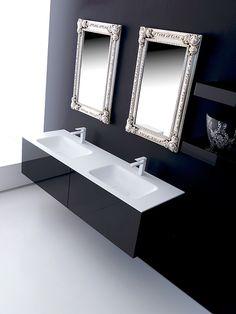 Linearità con esplicito carattere minimale, la serie #Lignum di #Karol con le sue molteplici declinazioni rivaluta e rinnova lo spazio del tuo #bagno, adattandosi a tutti i gli stili. www.gasparinionline.it #casa #interiors #mobilebagno #arredamento #design #homestyle #bathroom