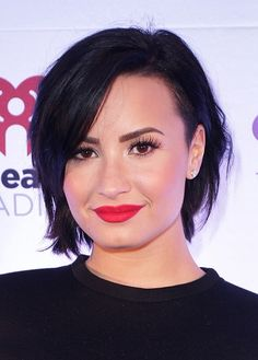 Demi Lovato Shares Inspirational Weight Loss Instagram Message