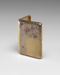 Fabergé(Russian , 19th century)  Cigarette Case    1899 - 1908    Gold, rubies