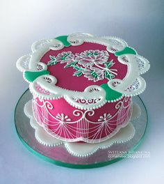 Royal iced cake: Can you name the skills used in this cake?
