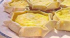 Ingredienten : Vulling : 1 kg verse ricotta (of verse kaas of de helft ricotta en de helft verse kaas) - 100gr tarwegriesmeel - de geraspte schil...