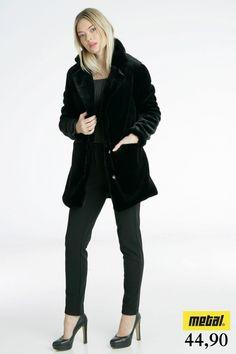 03a0cacd651a *Παλτό γούνινο με κούμπωμα και τσέπες. *Τιμή: 44,90 *Μέγεθος: S, M *Χρώμα:  Μαύρο *Κωδικός: PALT-0152. Metal Deluxe · Γυναικεία μπουφάν