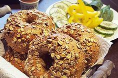 Vollkorn - Bagels, ein schmackhaftes Rezept aus der Kategorie Brot und Brötchen. Bewertungen: 21. Durchschnitt: Ø 4,4.