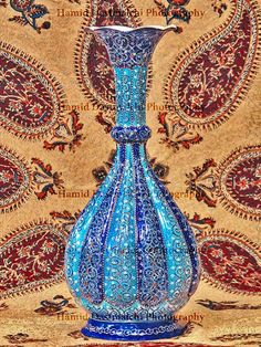 Tight water or buttermilk (as one Isfahan of handicrafts and a Minakari named)  Under cover of a textile of handicrafts textile Ghalamkar is called.  via: Hamid Dastmalchi - Google+