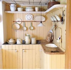 """magicalhomestead: """"Here's an old pantry, and I just saw a trough like this on a home restoration show, but I forgot what they said it was used for. Swedish Kitchen, Swedish Cottage, Swedish House, Old Kitchen, Country Kitchen, Kitchen Dining, Swedish Interiors, Cottage Interiors, Rustic Interiors"""