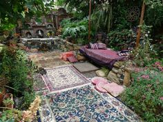 Gypsy in Your Soul: 10 Steps to a Bohemian Bedroom Yoga Garden, Garden Art, Asian Landscape, Home Altar, Unique Buildings, Shabby Cottage, Winter Garden, Garden Inspiration, Beautiful Gardens