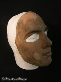 mission impossible - Tom Cruise stuntman mask. I wonder what it feels like for the stuntman to wear the mask and wig in Tom's hairstyle.