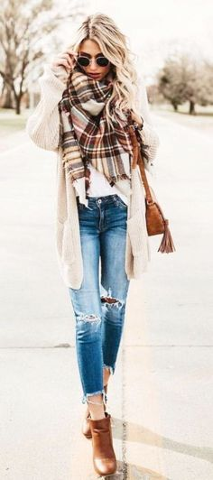 Erhalten Sie stilvolle Herbstmode-Trends mit Komfort und schickem Look Get stylish fall fashion trends with comfort and a chic look – fashion trends Look Fashion, Daily Fashion, Trendy Fashion, Ladies Fashion, Trendy Style, Feminine Fashion, Fashion 2016, Casual Fall Fashion, Women Fashion Casual