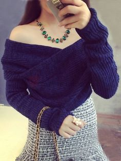 Boutique Unique Off The Shoulder V-Neck Long Sleeve Short Sexy Pullover Sweater on buytrends.com