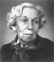 Eudora Welty - She won most of the major literary prizes during her career, including the Pulitzer Prize and the French Légion d'Honneur. Only the Nobel Prize eluded her, and many believe this to be one of that committee's great oversights.
