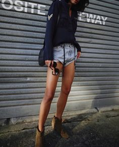 RAILS LA   military jacket \ here worn as a shirt / ONE TEASPOON   vintage shorts (HERE, HERE and even more HERE) TIP: go one size up for a looser fit / ISABEL MARANT   dicker boots / CELINE sunnies