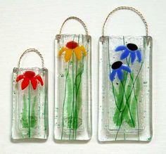 Latta's Fused Glass - Hand Crafted Fused Glass Pocket Vases - Daisy Design