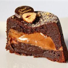 Fondant coeur coulant praliné Small Desserts, Mini Desserts, Summer Desserts, Chocolate Desserts, Just Desserts, Dessert Recipes, Summer Recipes, Chocolate Cake, Fondant Cakes