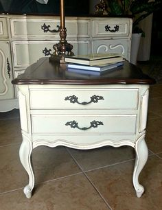 Beautiful Vintage French Provincial End Table By Claudialardizabal On Etsy.