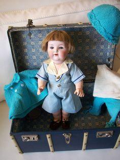 Poupee ancienne Bébé caractere Armand Marseille Malle et trousseau | eBay Antique doll character baby with trunk & trousseau