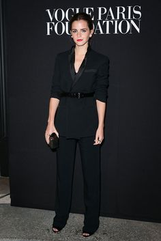 Emma Watson en Givenchy en la cena realizada por Vogue Paris Foundation, a beneficio de la moda.