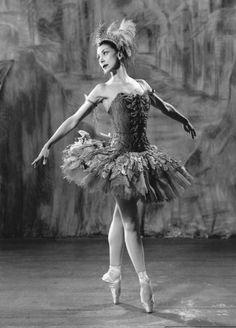 "Margot Fonteyn dancing the lead in Stravinsky's ballet ""The Firebird"". Photo by Baron, circa 1956"