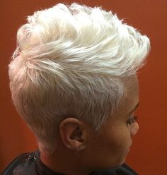 ideas hair color black women blonde pixie cuts for 2019 Short Black Hairstyles, Short Pixie Haircuts, Girl Hairstyles, Trendy Hairstyles, Hairstyles Videos, Baddie Hairstyles, Everyday Hairstyles, Vintage Hairstyles, Short Sassy Hair