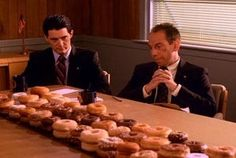 New trending GIF tagged season twin peaks, showtime, episode donuts, twin peaks sheriffs department via Giphy Twin Peaks Theme, Coffee Gif, Fbi Special Agent, Season 2 Episode 1, At Home Movie Theater, Theatre, Between Two Worlds, David Lynch, New Trends
