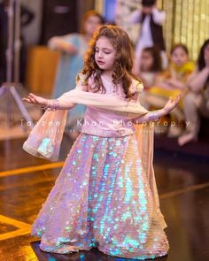 Baby Dress Photography Kids 51 Ideas For 2019 Kids Party Wear Dresses, Wedding Dresses For Kids, Kids Dress Wear, Stylish Dresses For Girls, Frocks For Girls, Baby Dress, Bridal Dresses, Kids Wear, Stylish Dress Book