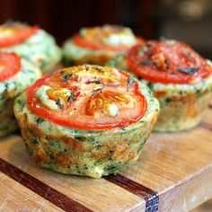 Muffins de Espinacas - Food Lust People Love: Cheesy Spinach Muffins for Easy Egg Breakfast, Breakfast Recipes, Breakfast Muffins, Breakfast Spinach, Paleo Breakfast, Breakfast Ideas, High Fiber Breakfast, Detox Breakfast, Brunch Recipes