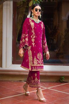 Best Designer Suits, Designer Wear, Designer Dresses, Pakistani Salwar Kameez, Pakistani Suits, Punjabi Suits, Prince Héritier, Dress With Shawl, Pakistani Fashion Casual