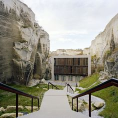 Image 2 of 23 from gallery of Redesign of the Roman Quarry disposed Opera…