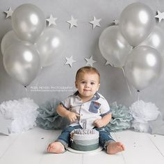 phoenix cake smash photographer, scottsdale cake smash photographer, peoria cake smash photographer, cake smash photo shoot, cake smash ideas, grey/silver themed cake smash, boy cake smash ideas