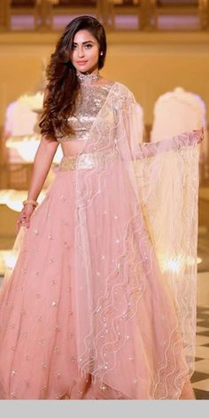 Indian Party Wear, Designer Dresses, Ball Gowns, Fashion Dresses, Formal Dresses, How To Wear, Wedding, Clothes, Traditional