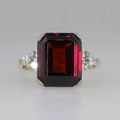 Timeless Retro 4ct Emerald Cut Garnet & Diamond Cocktail Ring 18k
