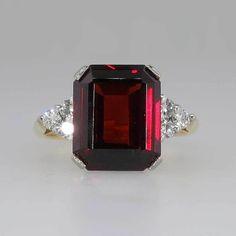Timeless Retro 4ct Emerald Cut Garnet & Diamond Cocktail Ring 18k