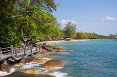 The sandy area is quite narrow, making the beach worth a visit when the tide is the lowest. A rather quiet spot. Cambodia, To Go, Explore, World, Beach, Water, Outdoor, Inspiration, Gripe Water