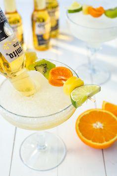 Cocktails mit Alkohol und Zitrusfrüchten, Rezepte für Sommergetränke, erfrischend und lecker