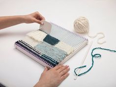 Get Started Weaving with the DIY Weaver(TM)! / Lion Brand Notebook - Lion Brand Yarn