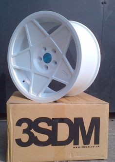 3SDM 0.05 in white. Can't wait till mine come.