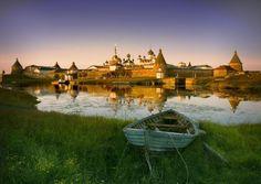 Russian Orthodox Monastery, Solovetsky Islands, Onega Bay of the White Sea, Russia.  photo via Pixdaus