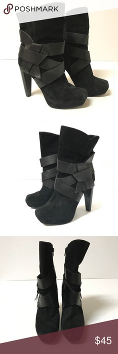 Jessica Simpson Black Leather Jonas Boots Jessica Simpson black leather Jonas boots. Size 9.5 and fits true to size. Great pre-owned condition!! Jessica Simpson Shoes Heeled Boots