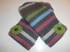 MMC0539 Reading Cashmere Mittens  med/lg by MichMittensbyLauri