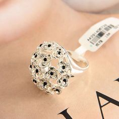 Studded With Diamonds A Bunch Of Flower Cluster Into Dome Shape Silver Alloy Ring
