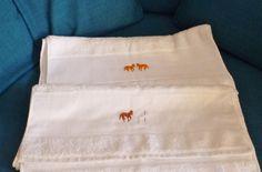 Handtuch Weiß mit Pferdchen orange von marland auf DaWanda.com