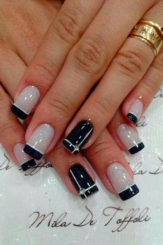 French Manicure - 70 Ideas of French Manicure nail designs coffinnail designs for short nails easy self adhesive nail stickers nail art stickers how to apply best nail polish strips 2019 Fancy Nails, Love Nails, How To Do Nails, Pretty Nails, My Nails, Classy Nails, Elegant Nails, Glitter Nails, French Manicure Nails